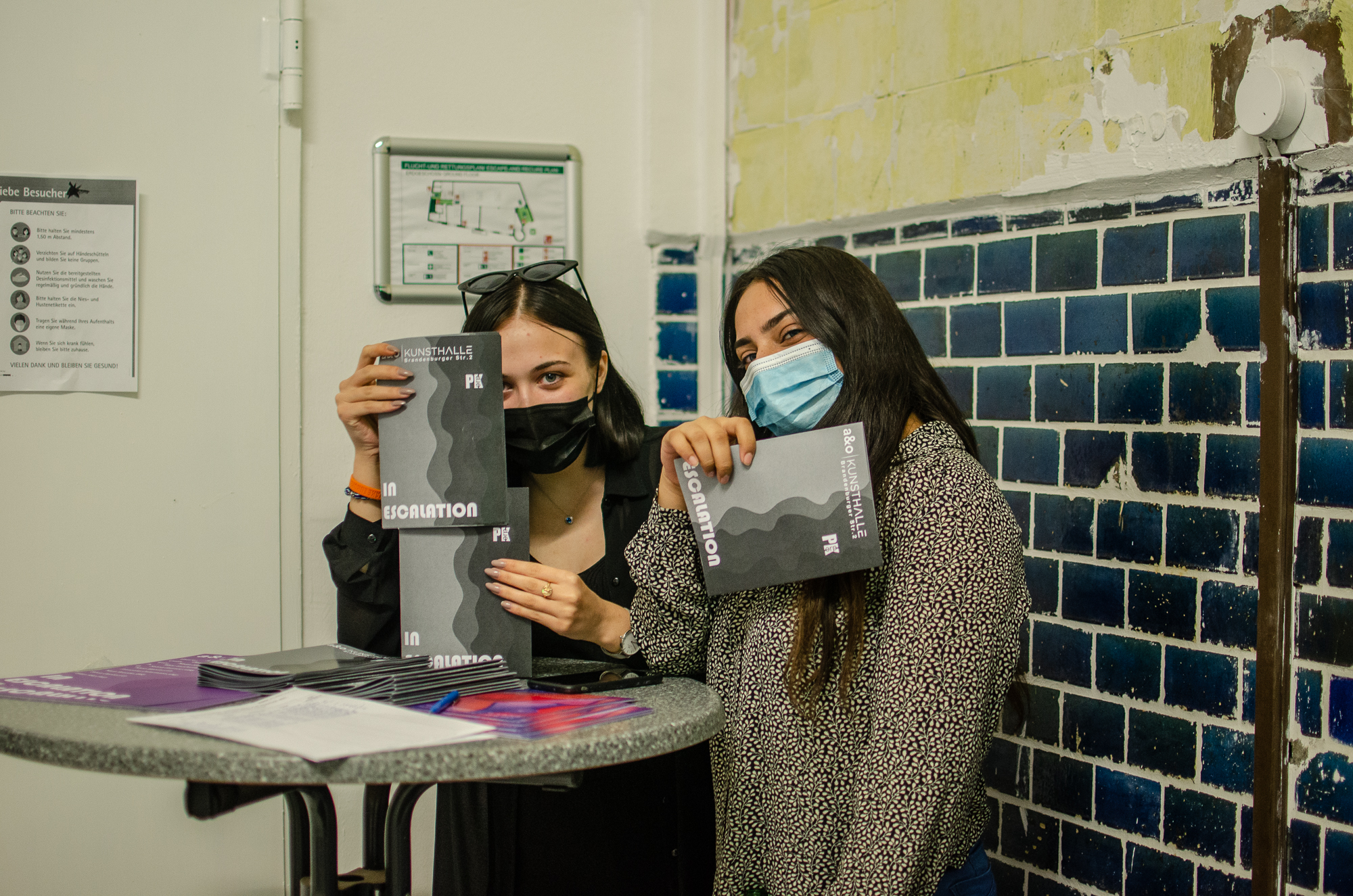 In-Escalation-ao-kunsthalle-PILOTENKUECHE-online-residency-vernissage-photos-Fanni-Papp-17