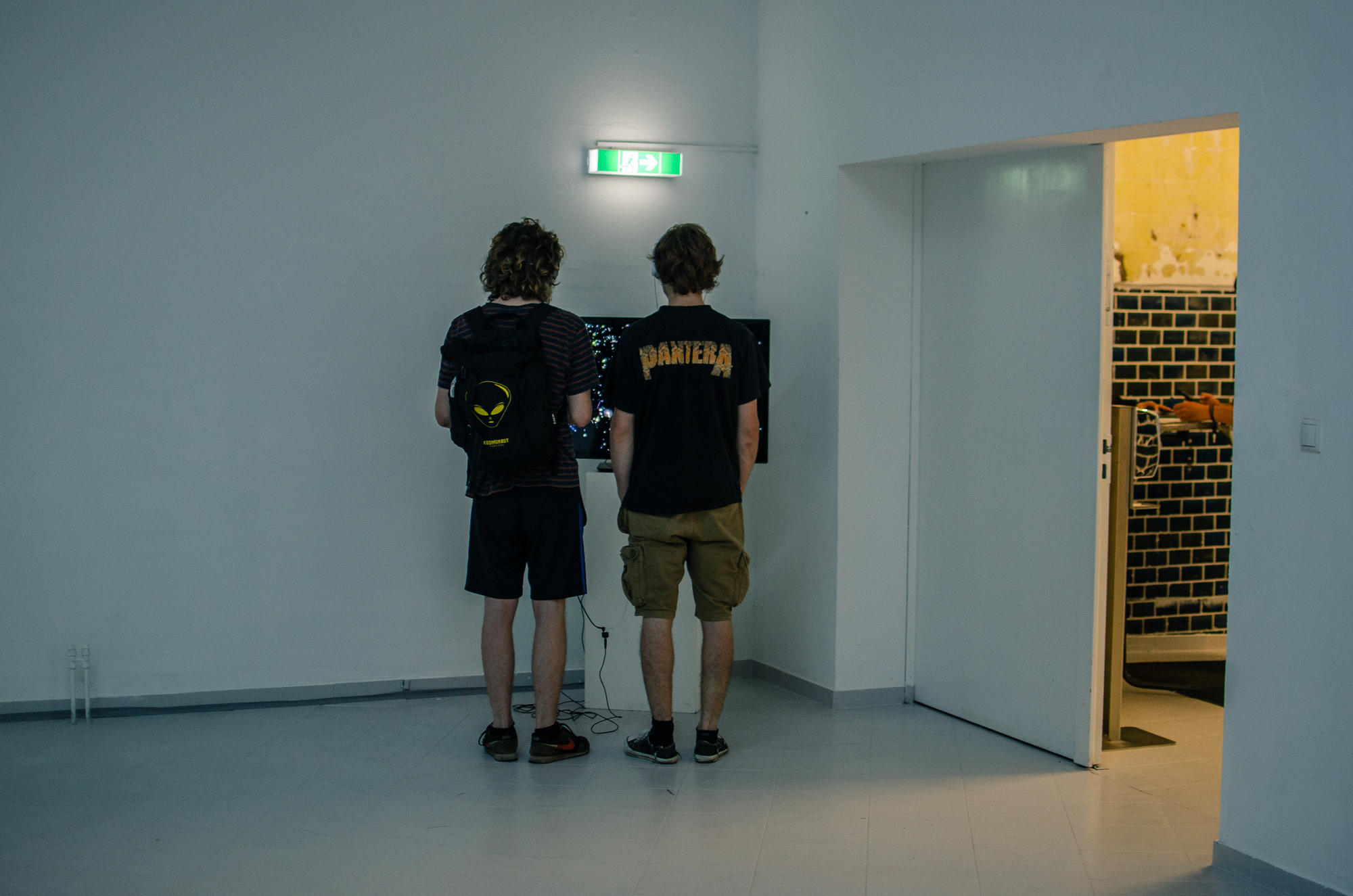 In-Escalation-ao-kunsthalle-PILOTENKUECHE-online-residency-vernissage-photos-Fanni-Papp-5