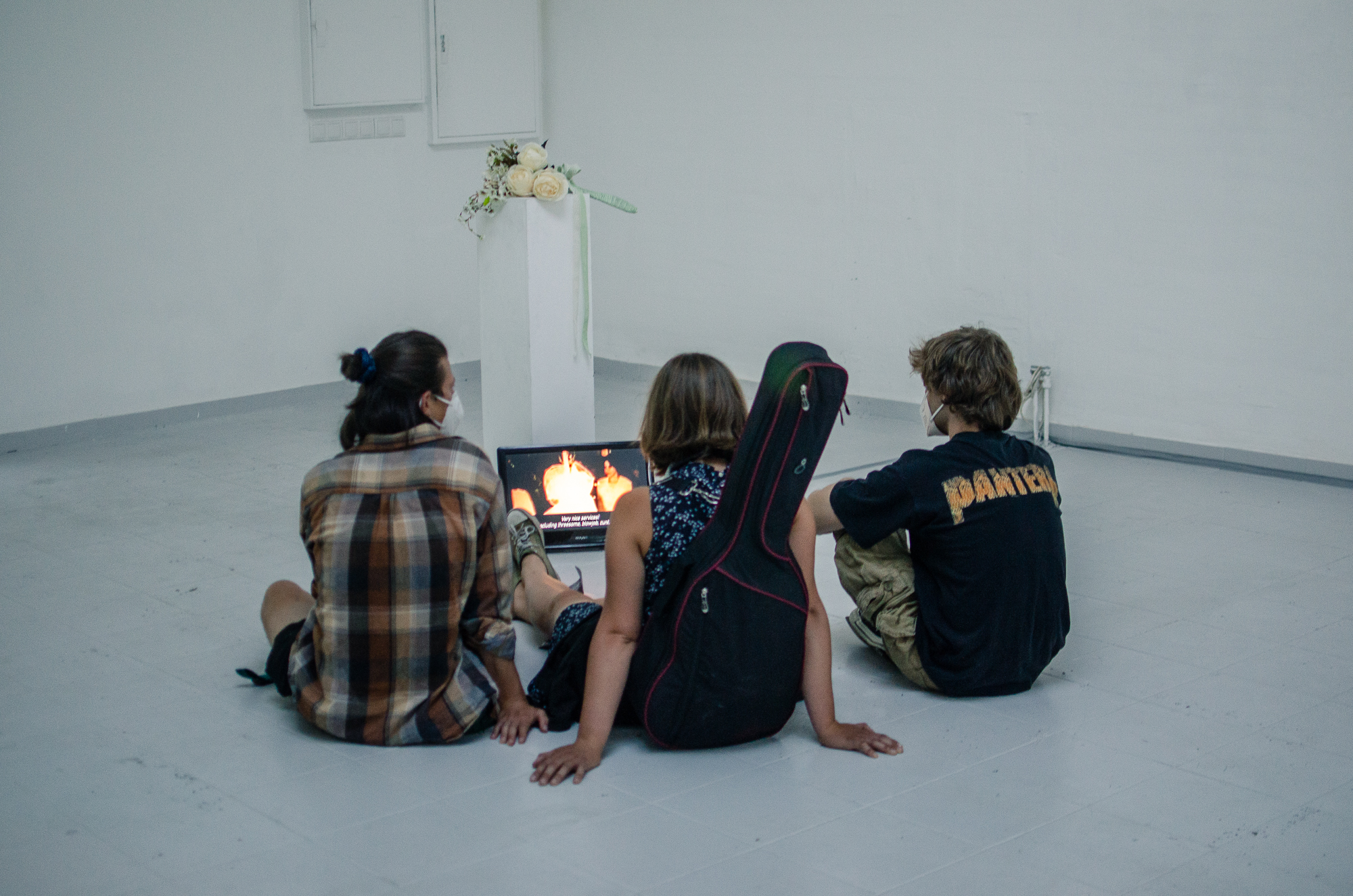 In-Escalation-ao-kunsthalle-PILOTENKUECHE-online-residency-vernissage-photos-Fanni-Papp-7