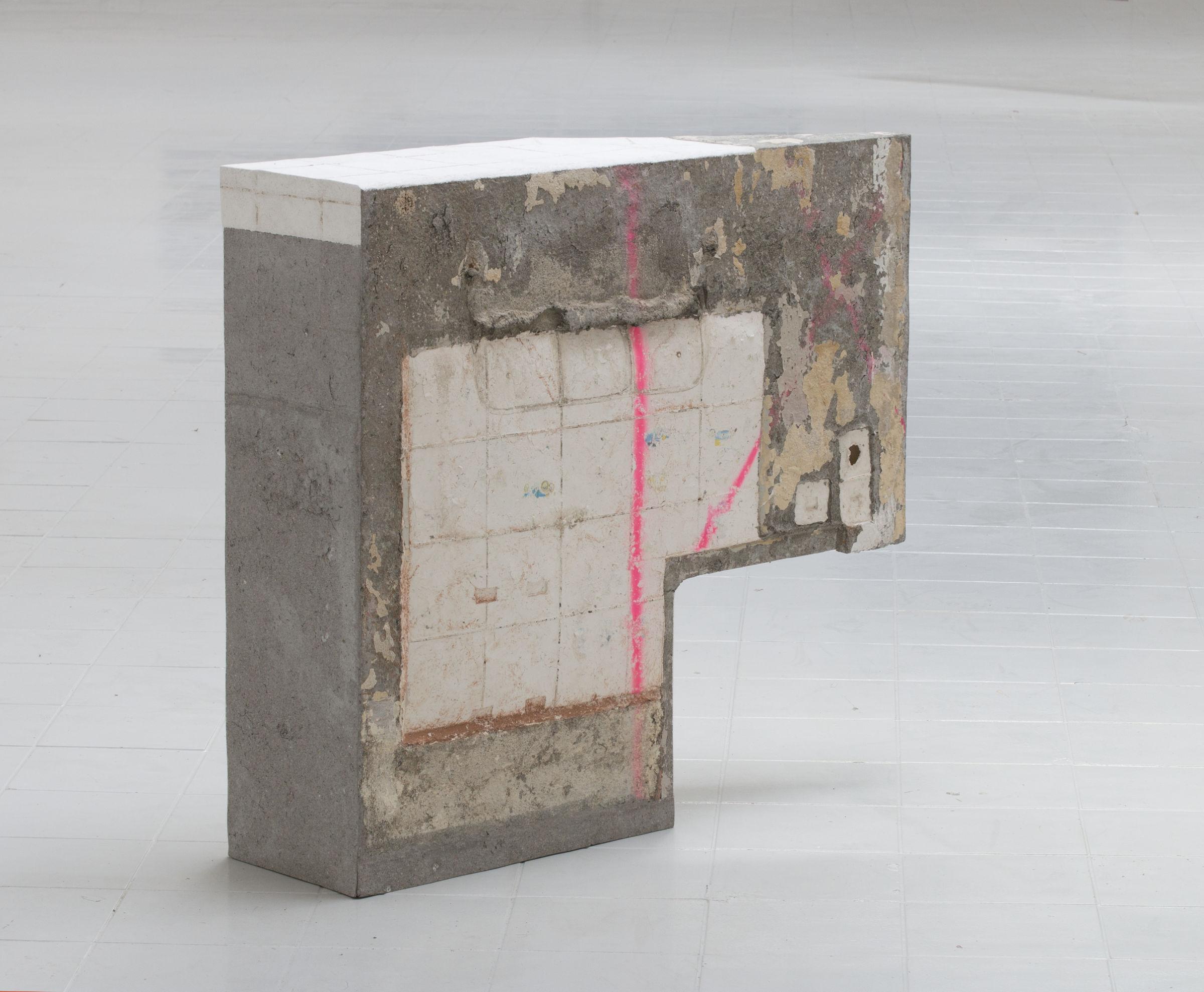 1_Keil-I_-2019-_-Papermachewallimprints-140cm-120cm-40cm_DSC0035